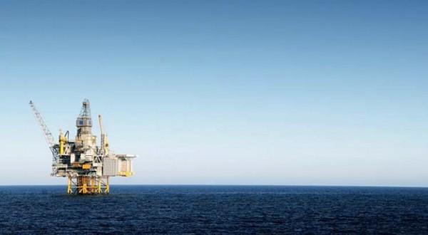 "IUMI warns offshore energy insurance market is ""sinking"""