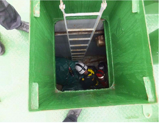 Master dies during enclosed space rescue