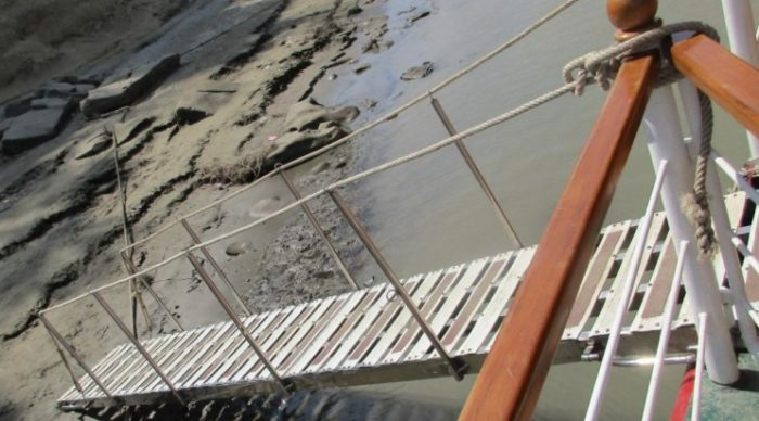 Lessons learned: Uncontrolled movement of gangway