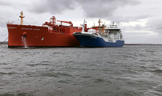 Skangas delivers fuel change to LNG in open sea