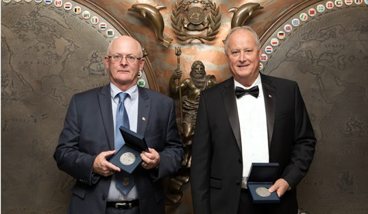 Two Captains recognized with IMO bravery award