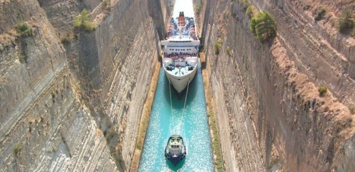 Ship transits in Greek Corinth canal halted after rockfall