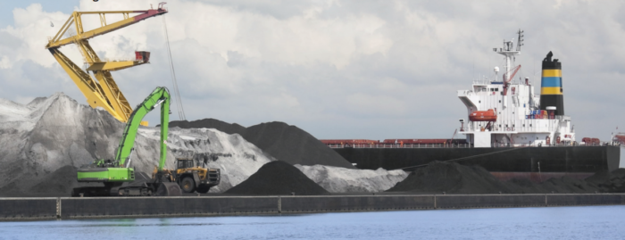 How to limit coal cargo risks through gas monitoring and ventilation