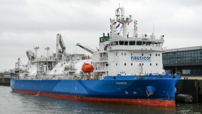 LNG bunker vessel Kairos conducts first LNG bunker operation in Port of Södertälje