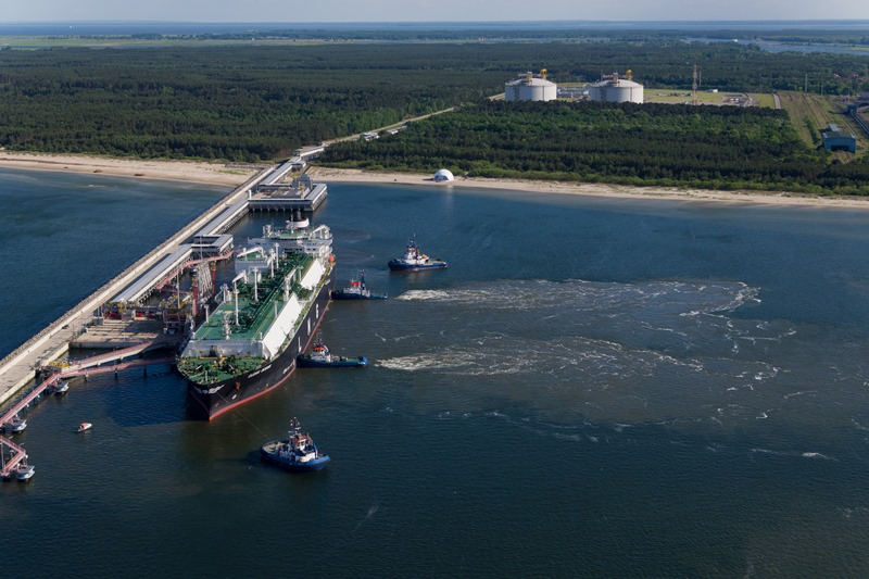 First US LNG cargo for Ukraine arrives at Polish terminal