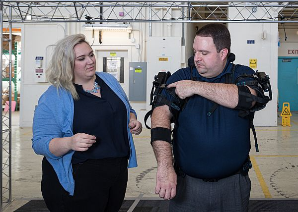 US Navy testing exoskeletons to reduce load for sailors