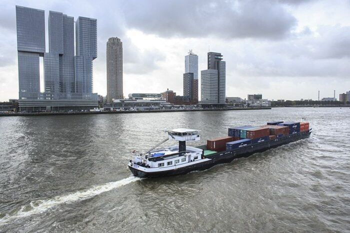 Wider cooperation needed to advance inland shipping, says Port of Rotterdam