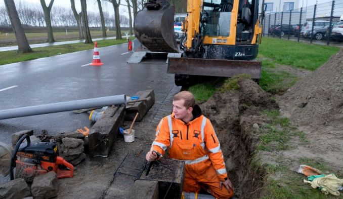 Port of Rotterdam and partners to develop smart road gullies